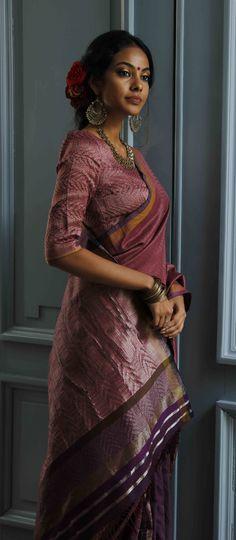 Latest Designer Sarees, Designer Dresses, Wedding Prep, Saree Styles, Lord Shiva, Saris, Cotton Saree, Indian Sarees, Saree Blouse