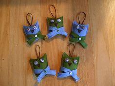 Big-Eyed Owl Christmas ornament, via Flickr.