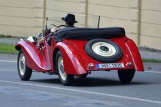 Fotogalerie: Aero 30 roadster v zadním pohledu Vintage Cars, Antique Cars, Pedal Cars, Vehicles, Motorcycles, Vans, Trucks, Retro, Automobile