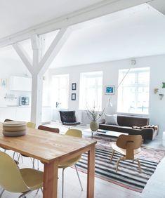 Scandinavian Retreat: Danish apartement