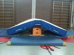 Offers for children - gymnastics department of the sports club Germering e. Toddler Gym, Toddler Sports, Kids Sports, School Sports, Sports Clubs, Movement Preschool, Us Universities, Kids Gymnastics, Science Student
