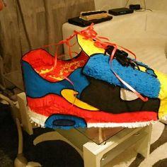 Nike pinjata