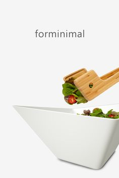 Forminimal Salad Bowl and Serving Tongs - serving set Box Water, Quirky Kitchen, Red Candy, Salad Bowls, Serving Platters, Tea Towels, Kitchenware, Plastic Cutting Board, Lunch Box