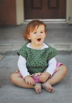 I may have pinned this before but it's so darn cute.  Pardon my Chaos: Granny Square top tutorial