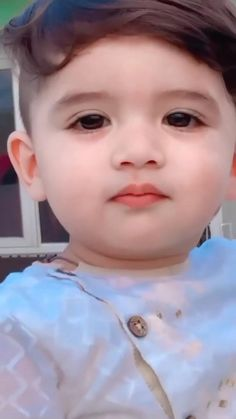 Cute Baby Quotes, Cute Kids Pics, Cute Baby Girl Pictures, Baby Girl Images, Cute Love Images, Cute Funny Baby Videos, Cute Funny Babies, Cute Couple Videos, Funny Kids