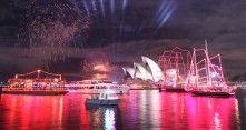 Ilotulituksia Australiassa.