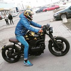 Pictures of successful students who have passed their motorcycle test with Lightning Motorcycle Training Motorcycle Wheels, Motorcycle Style, Custom Street Bikes, Custom Bikes, Bmw Scrambler, Moto Cafe, Cafe Racing, Cafe Racer Bikes, Motorcycles