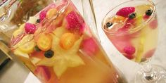 The Earth of India: 25 Star Fruit Recipes (or, Carambola Recipes) Star Fruit Recipes, Christine Cushing, White Wine Sangria, White Cocktails, Red Wine, Yummy Drinks, Yummy Food, Healthy Drinks, Canada Day Party