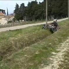 Electric Off Road Vehicle, Amazing Life Hacks, Funny As Hell, Earthship, Unique Cars, Tech Gadgets, Cool Stuff, Offroad, Luxury Cars