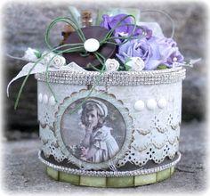 Mitt Lille Papirverksted: In My Grandmother's Garden