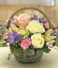 Quest For Contentment: Flower Arrangements: Ikebana, Tropical and Contemporary Basket Flower Arrangements, Beautiful Flower Arrangements, Fresh Flowers, Spring Flowers, Silk Flowers, Beautiful Flowers, Purple Flowers, Flower Baskets, Silk Floral Arrangements
