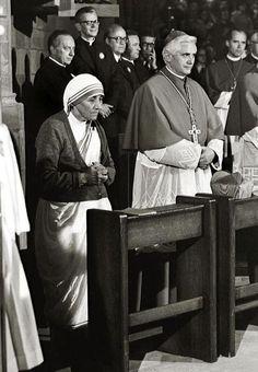 Mother Teresa of Calcutta and Cardinal Joseph Ratzinger.  WHAT AN EXTRAORDINARY WOMAN!
