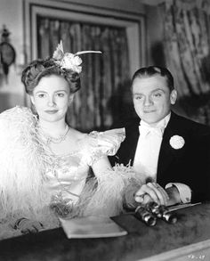 Joan Leslie and James Cagney in Yankee Doodle Dandy