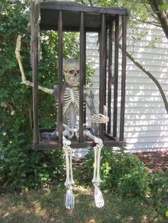 Halloween Prop, Casa Halloween, Halloween Outside, Halloween Yard Decorations, Theme Halloween, Halloween 2017, Holidays Halloween, Halloween Crafts, Outdoor Decorations