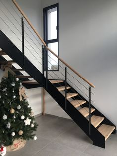 LOFT industrial staircase with intermediate bearing, industrial . Home Stairs Design, Railing Design, House Design, Loft Stairs, House Stairs, Industrial Stairs, Industrial House, Entryway Lighting, Entryway Ideas