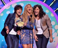 artists Neil Perry, Kimberly Perry and Reid Perry of The Band Perry ...