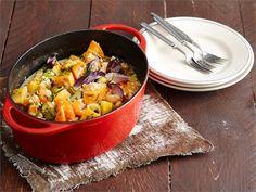 Veggie Recipes, Vegetarian Recipes, Veggie Food, Ratatouille, Thai Red Curry, Stew, Slow Cooker, Veggies, Meat