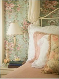 This site has a multitude of ideas for a country bedroom!  Beautiful pictures!  Eye For Design: How To Decorate Country Bedrooms With Charm