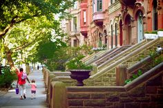 #Brownstone apartments line the streets of #Brooklyn #NYC. <3 http://www.nyhabitat.com/blog/2013/02/04/live-like-local-park-slope-brooklyn-new-york/