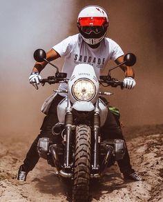 Bike Bmw, Bmw Motorcycles, Nine T Bmw, Ninja Bike, Bmw Scrambler, Bmw Boxer, Moto Style, Motorcycle Style, Custom Bikes