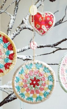 "#crochet inspiration - buy plastic or metal rings (or cheap bracelets) to use as the ""hoop""."