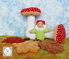 Gnome, Mushroom, Leaves Set all Natural Materials