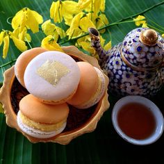 Sticky Rice With Mango Macarons