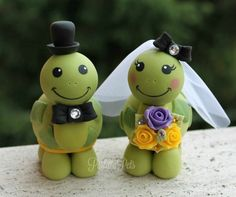Turtle wedding cake topper love turtles bride and by PerlillaPets