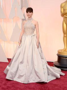 Felicity Jones in Sarah Burton for Alexander McQueen Oscars 2015 Red Carpet: Best Dressed Celebrities - EN - Blog Models Of The World