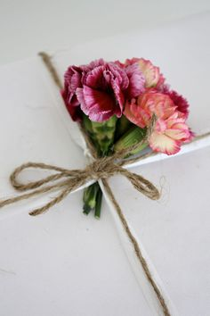 a fresh flower on a gift gives a personal touch, which will be remembered This is from the Blog: homevialaura