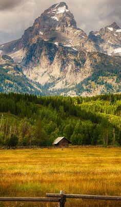 Grand Teton National Park, Wyoming - by Teja Pamganamamula Grand Teton National Park, National Parks, Beautiful World, Beautiful Places, Nature Landscape, Nature Scenes, Nature Pictures, Beautiful Landscapes, Nature Photography