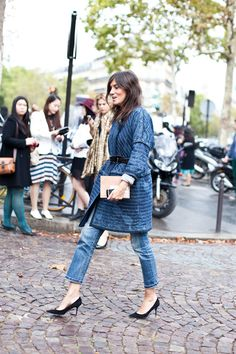 emmanuelle alt takes a stroll through the streets of paris. Watch out for those cobblestones, GF.