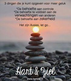 #loslaten #gelukkig #geluk #mindstyle #tip #coaching #psychologie #quotes #hartziel #quote #tips #levensles #vrouwen #vrouw #liefde #gezin #loopbaan #werk #spijt #mooi #gelukkig Love Life Quotes, Me Quotes, Qoutes, Motivational Quotes, Inspirational Quotes, Dutch Quotes, Artist Life, Mindfulness Meditation, Food For Thought