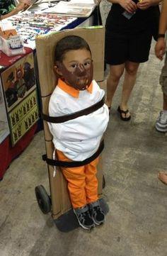 disfraz super awesome #2 los papas de este niño son gente bien, jeje love it.