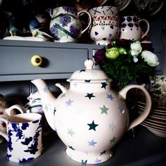 Unpersonalised Winter Stars Gallon Teapot 2007 (Discontinued)