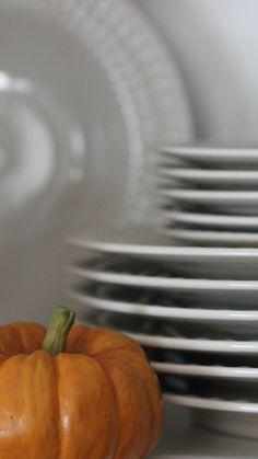 Buffet STYLE for Thanksgiving? Absolutely.  #thanksgivingfeast #holiday #fall #shoplocal #smallbusiness #charlottenc #mecklenburgnc #yorkcountysc #fortmillsc #pinevillenc #rockhillsc #waxhawnc #davidsonnc #localist #carolinapiedmont #themill #tmm #explorethemill #madeinthemill #704 #803