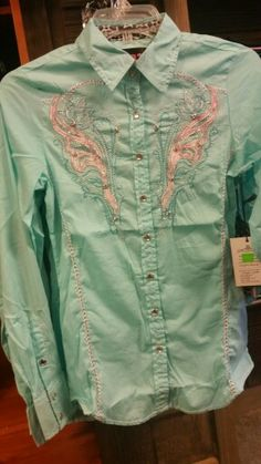 Ladies Roar Tropic Gold!! Love the color and love the bling  $62.50 @ L&W Western Store!!! Call to order 870-238-2017!!