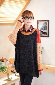 Women's Color Contrasted V-Neck Batwing Sleeve Casual Pullover Sweater