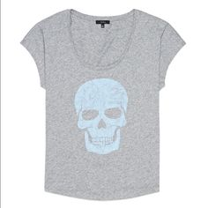 Aritzia Talula Skull Tee Shirt Washed and worn once. Blue velvet like skull print on a gray t shirt. In excellent, like new condition! Aritzia Tops Tees - Short Sleeve