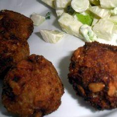 Egy finom Zabos-magos fasírt ebédre vagy vacsorára? Zabos-magos fasírt Receptek a Mindmegette.hu Recept gyűjteményében!