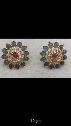 Ear Cuff Jewelry, Jewelry Design Earrings, Gold Earrings Designs, Gold Jewellery Design, Gold Temple Jewellery, Silver Jewellery, Beaded Jewelry, Jewelery, Gold Jewelry Simple