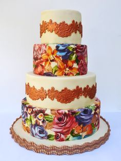 http://www.neviepiecakes.com/wp-content/uploads/2013/05/gold-lace-cake.jpg