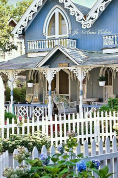 Blue cottage with gingerbread trim. Blue cottage with gingerbread trim. Cute Cottage, Beach Cottage Style, Cottage Chic, Little Cottages, Beach Cottages, Victorian Cottage, Victorian Homes, Cottage Living, Cottage Homes