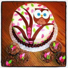 Owl themed first birthday - * Owl themed first birthday cake with matching cupcakes. Hand cut fondant decorations. DanisMom