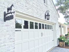"""This brick rancher was painted using Old White Chalk Paint® by Annie Sloan. Check out our blog - """"Painted Brick House: The Details"""" – Sisters Unique"""