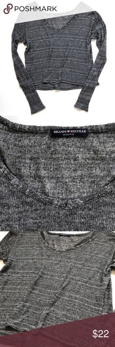 "Brandy Melville Slouchy Gray Striped Knit Sweater In good pre-owned condition! One snag on the wrist- see photos - as-is.  •One Size Fits All •26"" across underarms (dolman sleeve, really oversized) 24"" from shoulder to hem  •55% Wool, 30% Cotton  •Retail $56 👋🏼 Make me an offer!  🥂 Thank you for shopping in my closet! xoxo Kate • Brandy Melville Sweaters Crew & Scoop Necks"