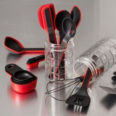 This black-and-red Pyrex® spoon is as hardy as it is handsome. As durable as it is, the spoon is safe for your nonstick cookware. The end of the spoon's handle has a convenient loop for hanging storage.