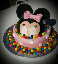 Minnie mouse Minnie Mouse, Birthday Cake, Desserts, Food, Homemade, Pies, Birthday Cakes, Meal, Deserts