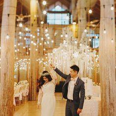 Beautiful rustic luxe wedding at Enderong Resort, Malaysia (Instagram: theweddingscoop)