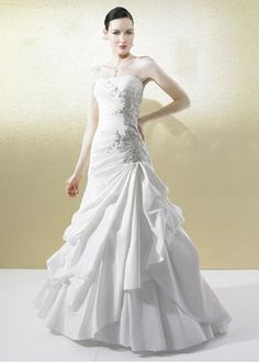 Fashionable Taffeta Princess Strapless Neckline Wedding Dress with Lace  Appliques cfb960e9e430